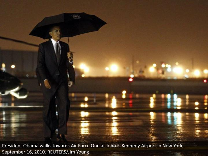 President Obama walks towards Air Force One at John F. Kennedy Airport in New York, September 16, 2010. REUTERS/Jim Young