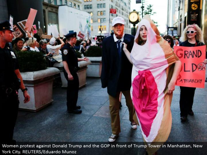 Women challenge Donald Trump and the GOP before Trump Tower in Manhattan, New York City. REUTERS/Eduardo Munoz