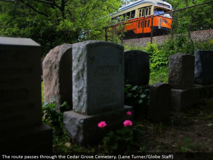 The course goes through the Cedar Grove Cemetery. (Path Turner/Globe Staff)