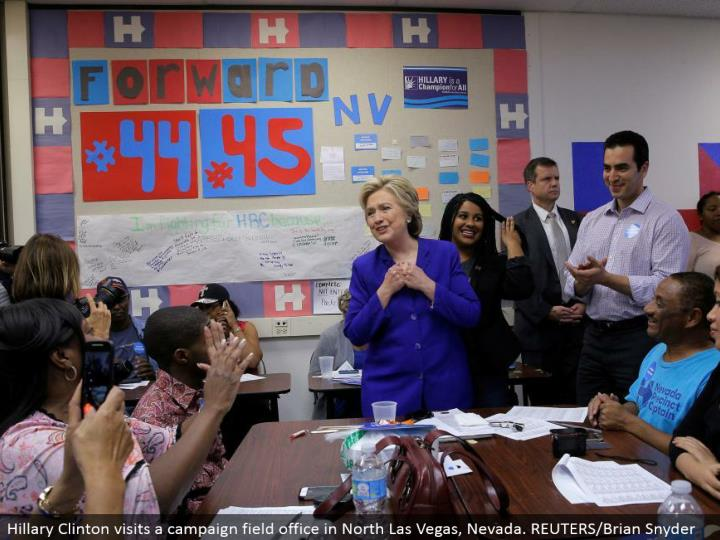 Hillary Clinton visits a battle field office in North Las Vegas, Nevada. REUTERS/Brian Snyder