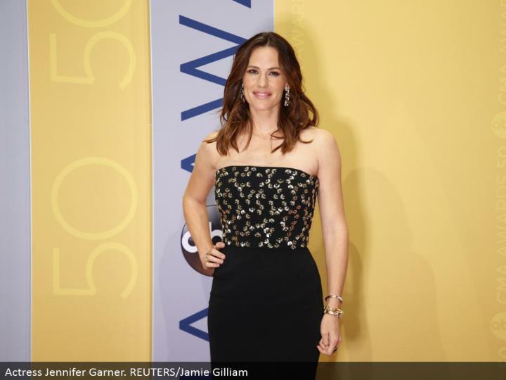 Actress Jennifer Garner. REUTERS/Jamie Gilliam