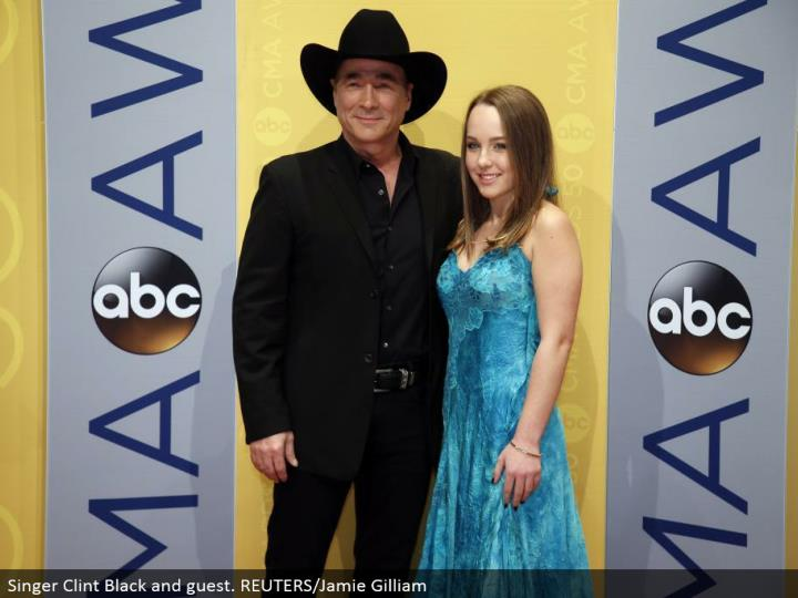 Singer Clint Black and visitor. REUTERS/Jamie Gilliam
