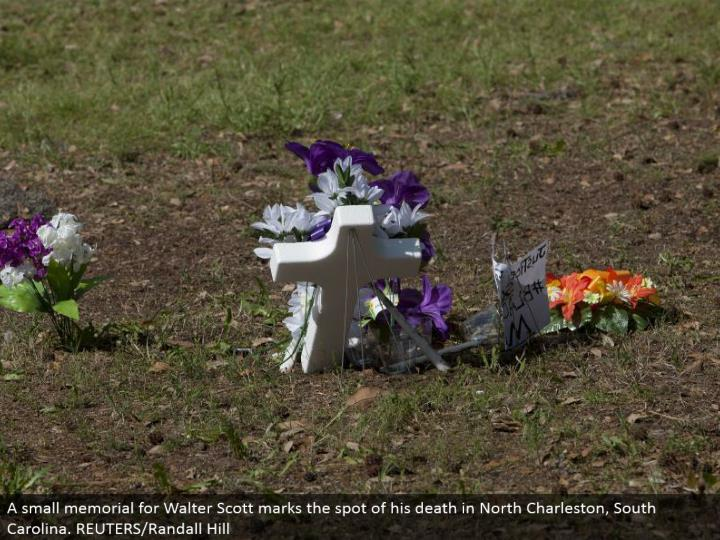A little commitment for Walter Scott signify the spot of his going in North Charleston, South Carolina. REUTERS/Randall Hill