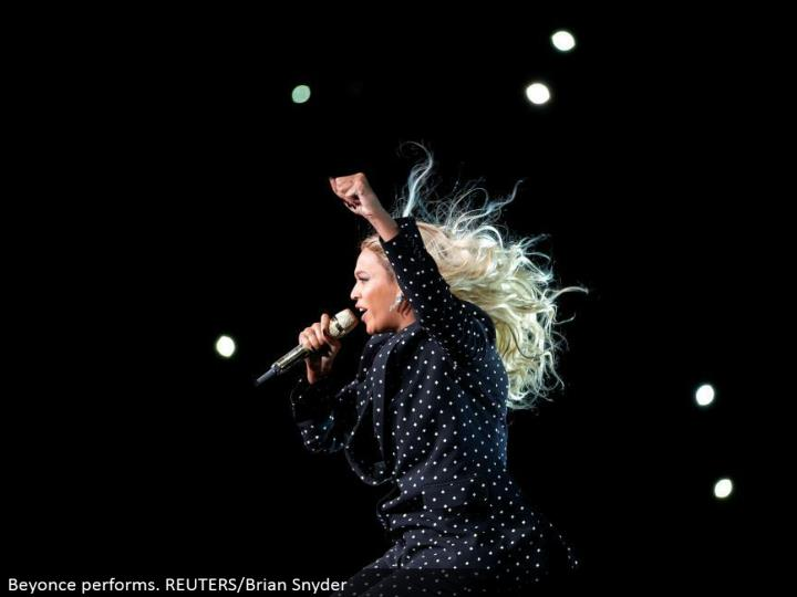 Beyonce performs. REUTERS/Brian Snyder