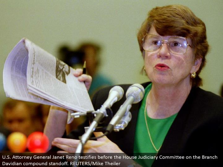 U.S. Lawyer General Janet Reno affirms before the House Judiciary Committee on the Branch Davidian compound standoff. REUTERS/Mike Theiler