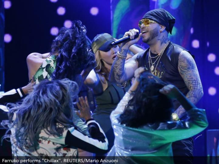 """Farruko performs """"Chillax"""". REUTERS/Mario Anzuoni"""