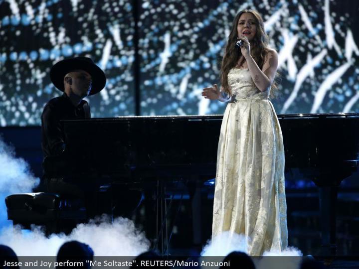 "Jesse and Joy perform ""Me Soltaste"". REUTERS/Mario Anzuoni"
