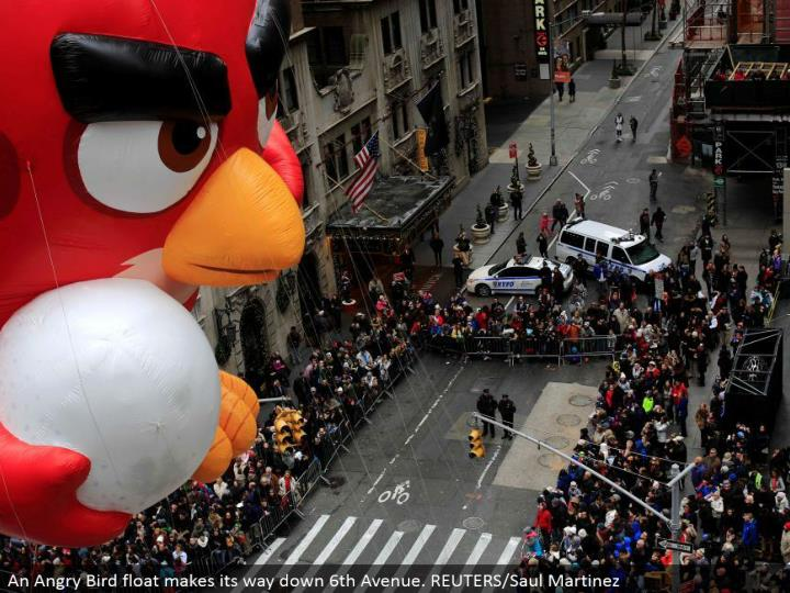 An Angry Bird skim advances down sixth Avenue. REUTERS/Saul Martinez