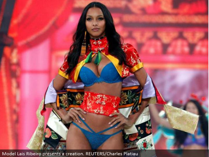 Model Lais Ribeiro presents a creation. REUTERS/Charles Platiau