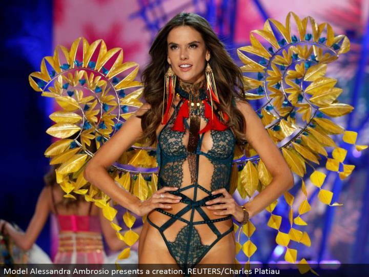 Model Alessandra Ambrosio presents a creation. REUTERS/Charles Platiau