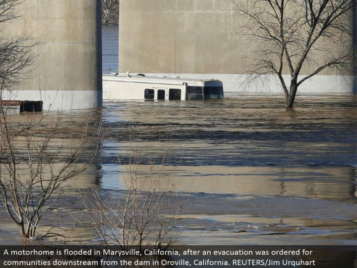 A RV is overflowed in Marysville, California, after a departure was requested for groups downstream from the dam in Oroville, California. REUTERS/Jim Urquhart