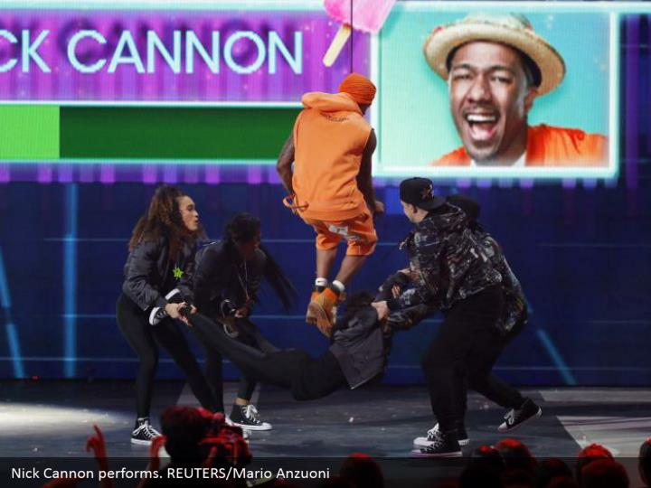 Nick Cannon performs. REUTERS/Mario Anzuoni