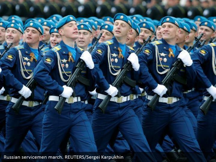 Russian servicemen march. REUTERS/Sergei Karpukhin