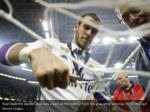 real madrid s gareth bale cuts a part