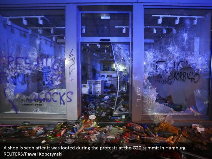 A shop is seen after it was looted during the protests at the G20 summit in Hamburg. REUTERS/Pawel Kopczynski