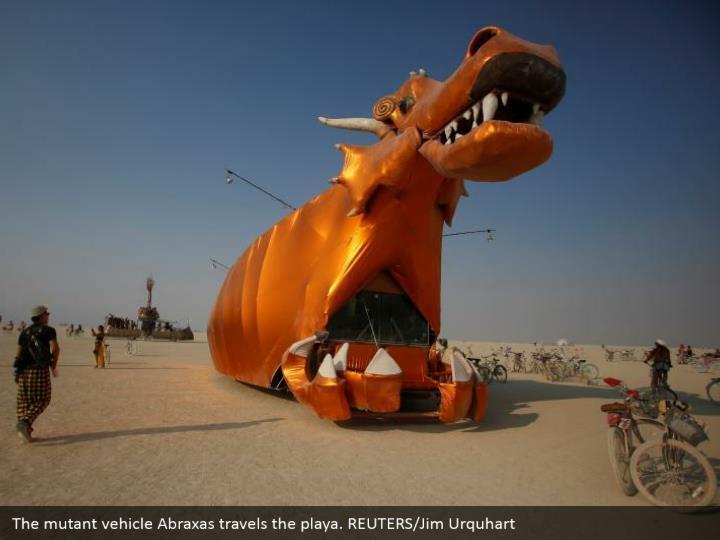 The mutant vehicle Abraxas travels the playa. REUTERS/Jim Urquhart