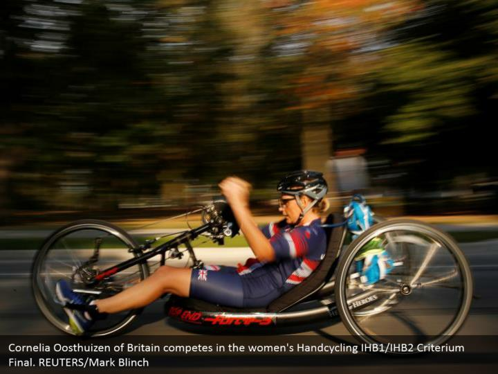 Cornelia Oosthuizen of Britain competes in the women's Handcycling IHB1/IHB2 Criterium Final. REUTERS/Mark Blinch