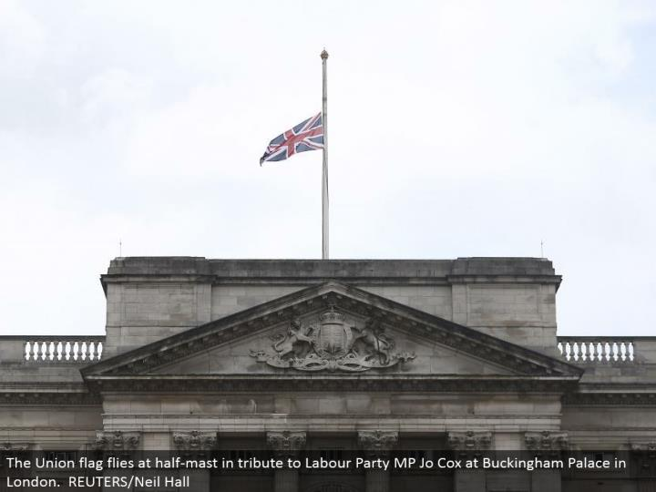 The Union banner flies at half-pole in tribute to Labor Party MP Jo Cox at Buckingham Palace in London. REUTERS/Neil Hall