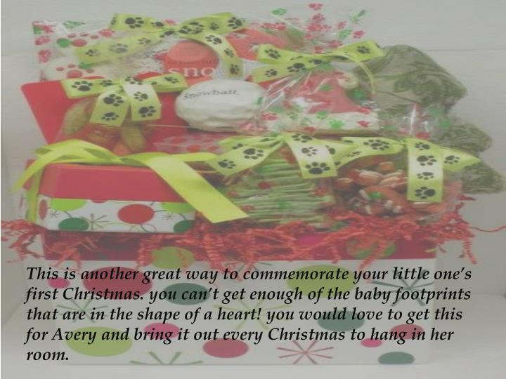 This is another great way to commemorate your little one's first Christmas. you can't get enough...