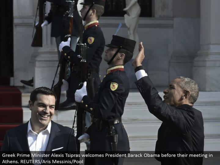 Greek Prime Minister Alexis Tsipras invites President Barack Obama before their meeting in Athens. REUTERS/Aris Messinis/Pool