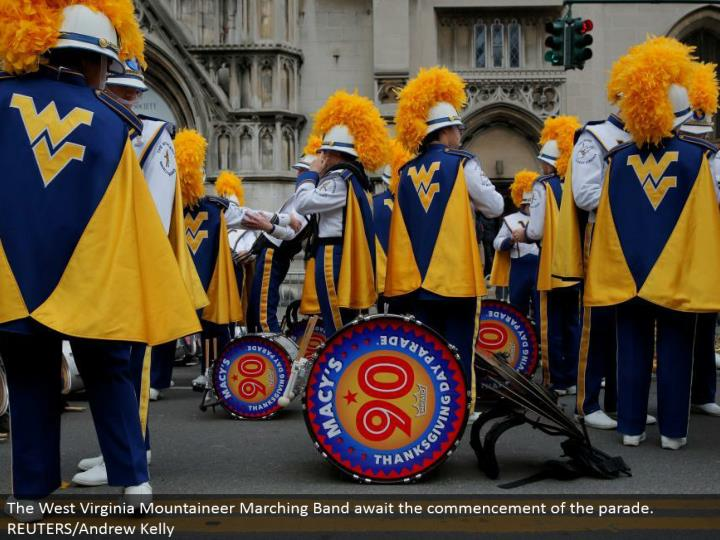 The West Virginia Mountaineer Marching Band anticipate the beginning of the parade. REUTERS/Andrew Kelly