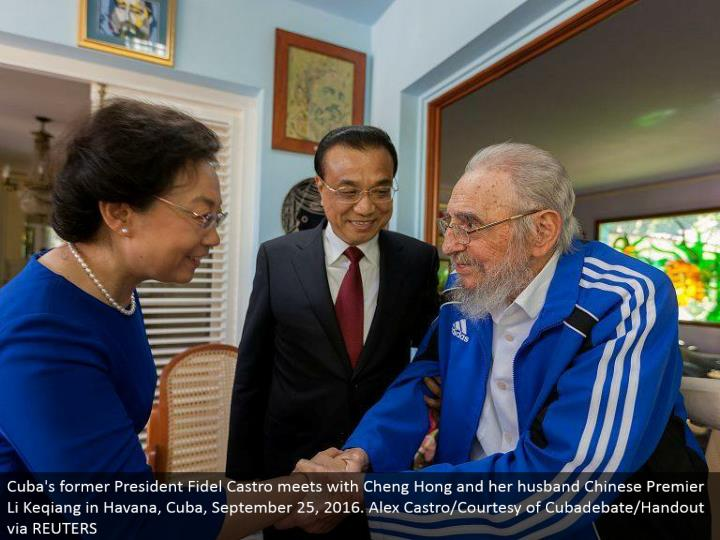 Cuba's previous President Fidel Castro meets with Cheng Hong and her significant other Chinese Premier Li Keqiang in Havana, Cuba, September 25, 2016. Alex Castro/Courtesy of Cubadebate/Handout by means of REUTERS