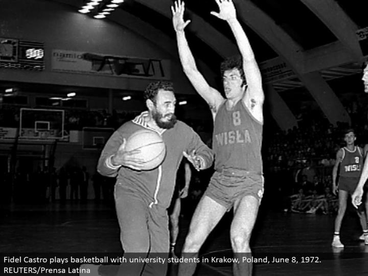 Fidel Castro plays b-ball with college understudies in Krakow, Poland, June 8, 1972. REUTERS/Prensa Latina