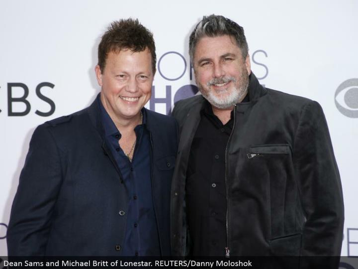 Dean Sams and Michael Britt of Lonestar. REUTERS/Danny Moloshok