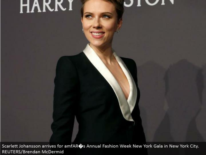 Scarlett Johansson touches base for amfAR�s Annual Fashion Week New York Gala in New York City. REUTERS/Brendan McDermid