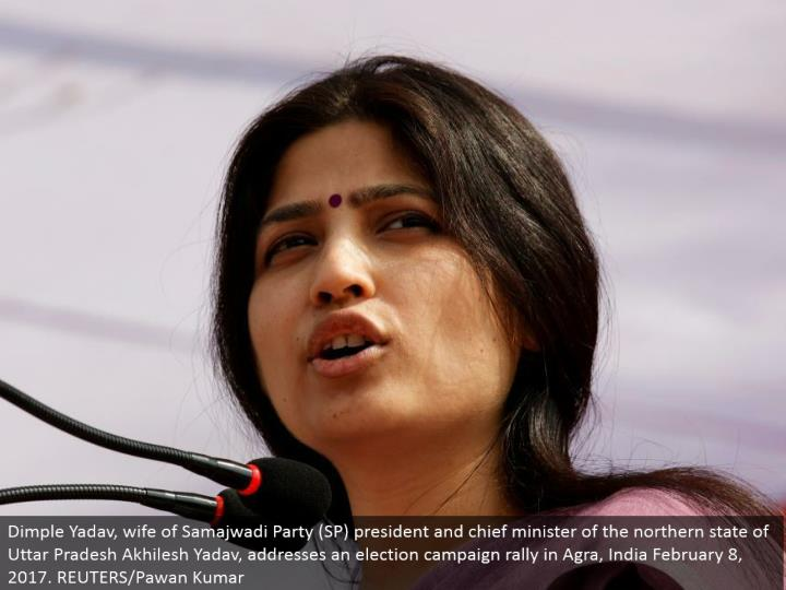 Dimple Yadav, spouse of Samajwadi Party (SP) president and boss pastor of the northern condition of Uttar Pradesh Akhilesh Yadav, addresses a decision battle rally in Agra, India February 8, 2017. REUTERS/Pawan Kumar