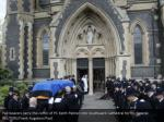 pall bearers carry the coffin of pc keith palmer1