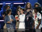 the cast of stranger things accept the award
