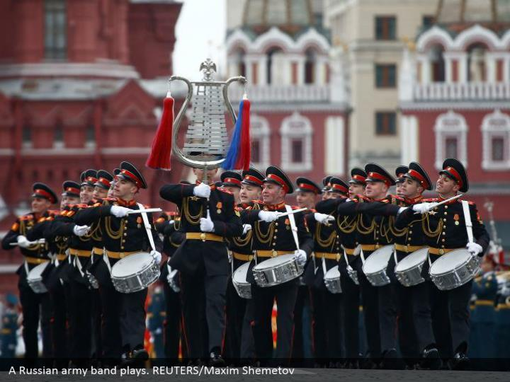 A Russian army band plays. REUTERS/Maxim Shemetov