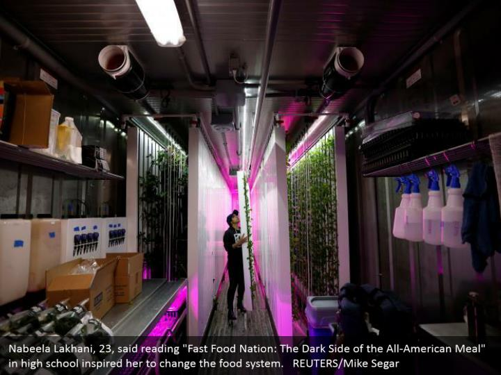 """Nabeela Lakhani, 23, said reading """"Fast Food Nation: The Dark Side of the All-American Meal"""" in high school inspired her to change the food system.   REUTERS/Mike Segar"""