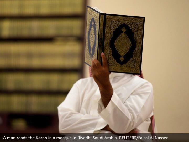 A man reads the Koran in a mosque in Riyadh, Saudi Arabia. REUTERS/Faisal Al Nasser