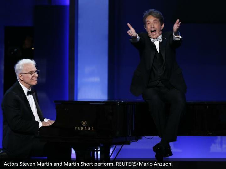 Actors Steven Martin and Martin Short perform. REUTERS/Mario Anzuoni