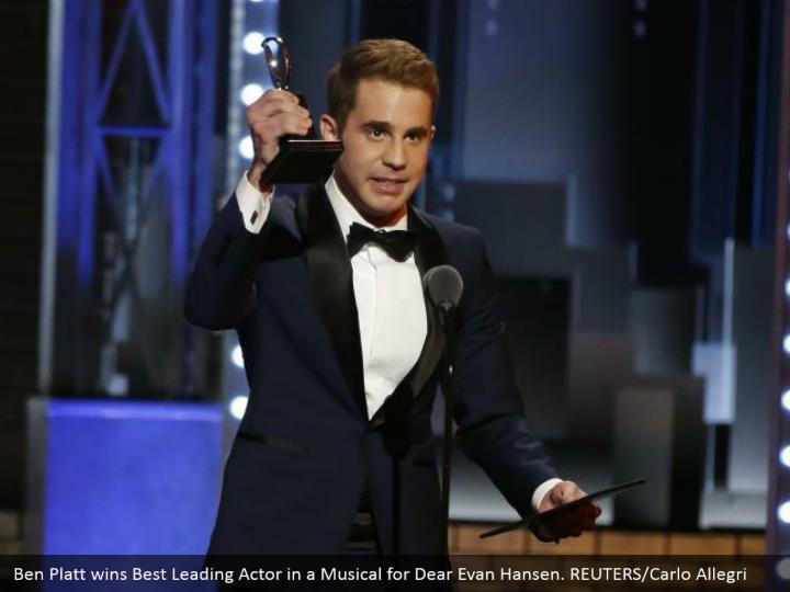 Ben Platt wins Best Leading Actor in a Musical for Dear Evan Hansen. REUTERS/Carlo Allegri