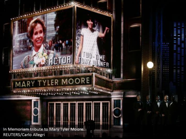 In Memoriam tribute to Mary Tyler Moore.  REUTERS/Carlo Allegri