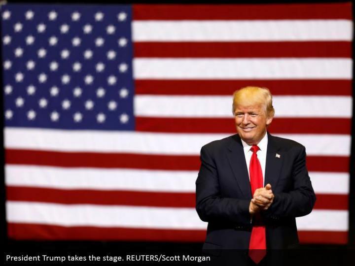 Ppt Donald Trump Rally In Cedar Rapids Iowa Powerpoint