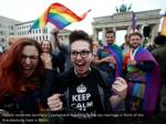 people celebrate germany s parliament legalizing