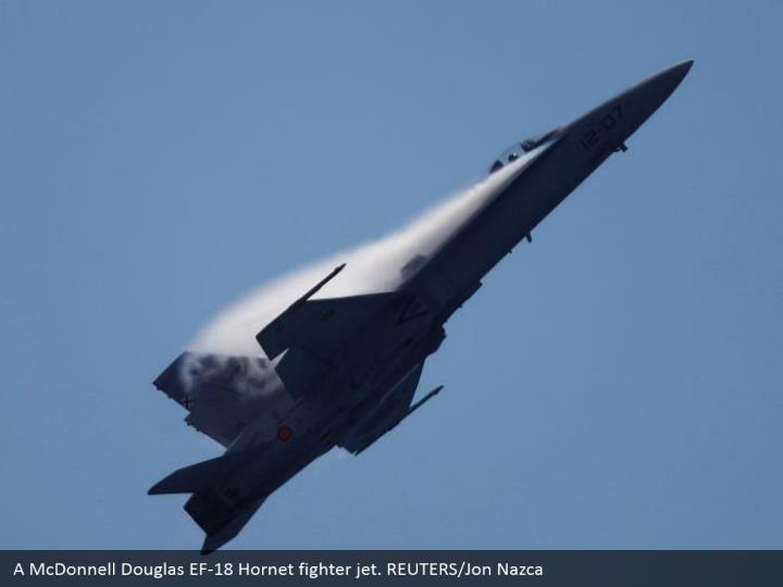 A McDonnell Douglas EF-18 Hornet fighter jet. REUTERS/Jon Nazca