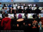 gamers play video games reuters wolfgang rattay