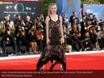 actor amanda seyfried poses during a red carpet