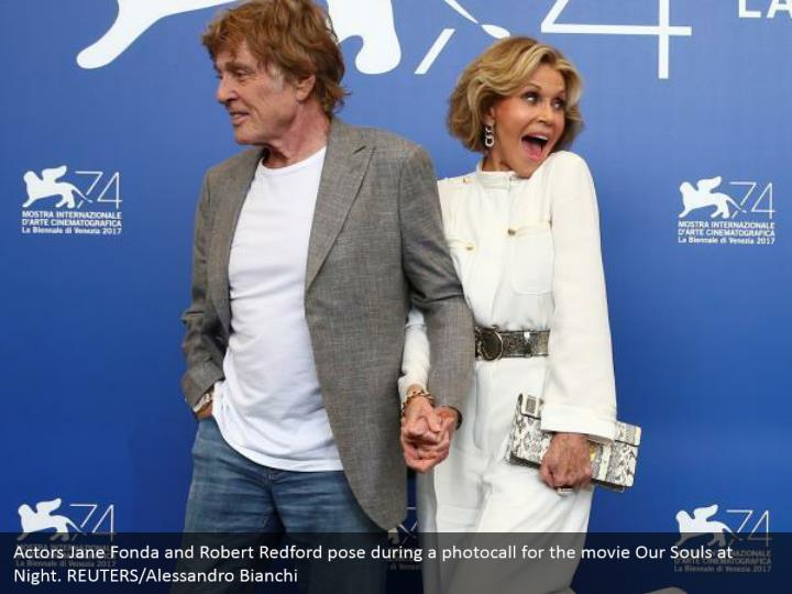 Actors Jane Fonda and Robert Redford pose during a photocall for the movie Our Souls at Night. REUTERS/Alessandro Bianchi