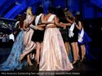 miss america s outstanding teen winners embrace