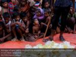 rohingya refugees wait for the food