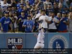 dodgers outfielder enrique hernandez catches