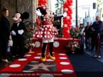 minnie mouse poses on her star reuters mario 1