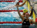 england s aimee willmott celebrates winning gold
