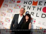 anthony bourdain poses with asia argento